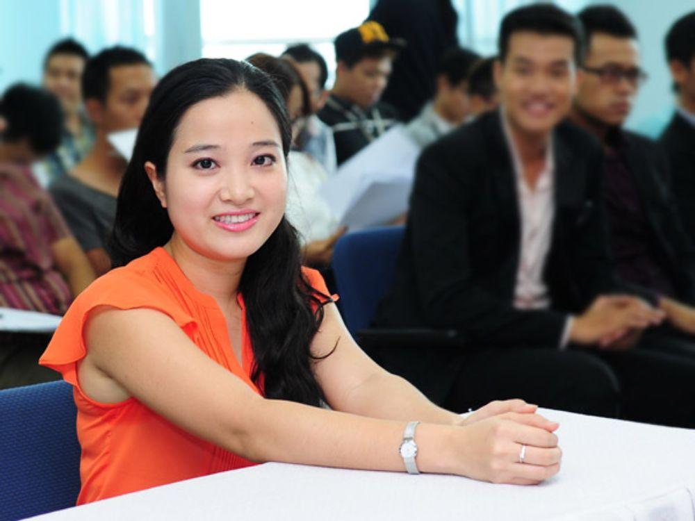 MC Hong phuong