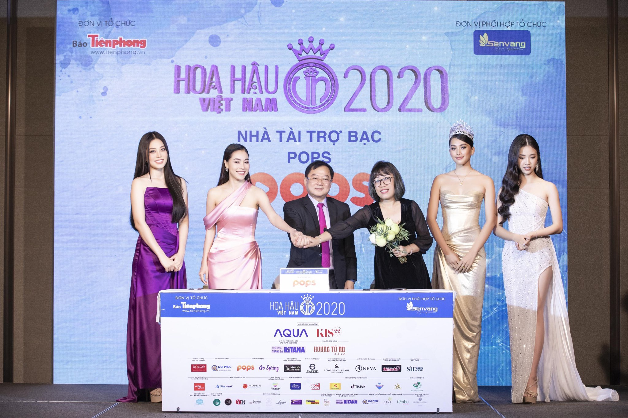 Hoa-hau-Viet-Nam-2020-01